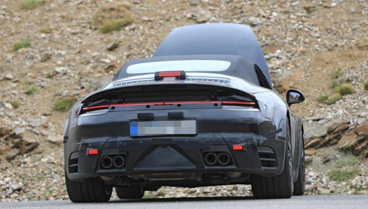 Nuova Porsche 911, nata al Nurburgring - Foto 11 di 14