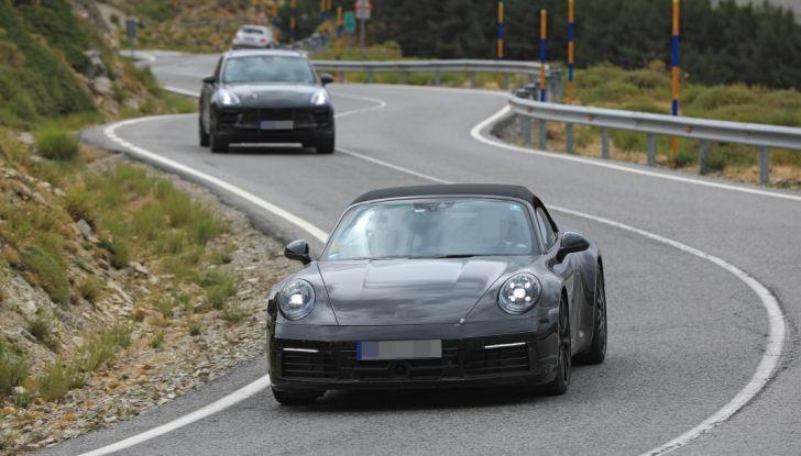 Nuova Porsche 911, nata al Nurburgring - Foto 12 di 14