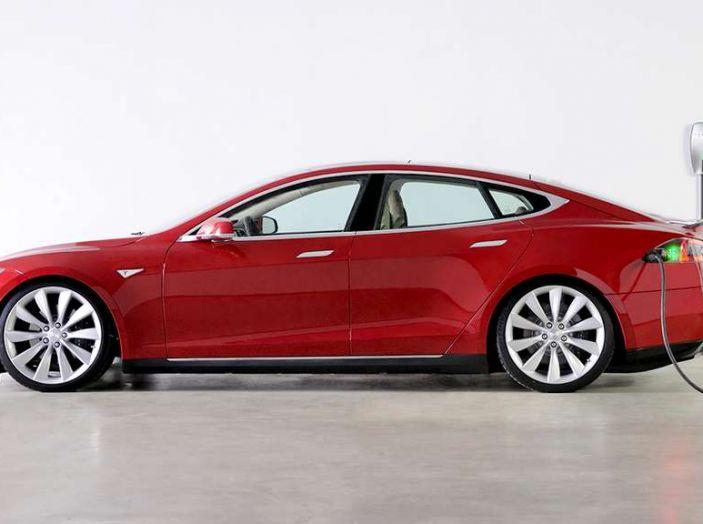 Tesla leader di vendite in Norvegia a novembre - Foto 4 di 7