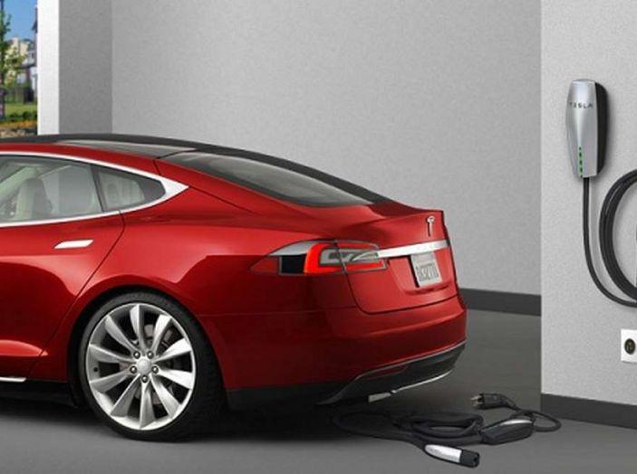 Tesla leader di vendite in Norvegia a novembre - Foto 1 di 7
