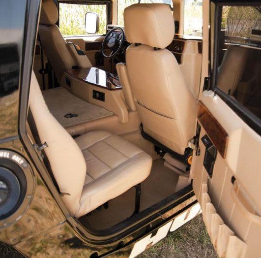 L'Hummer H1 del rapper Tupac sarà in vendita a 100.000 dollari - Foto 6 di 18