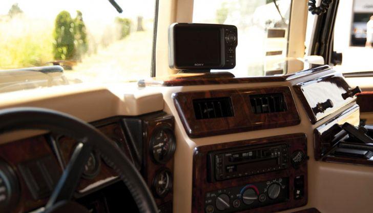 L'Hummer H1 del rapper Tupac sarà in vendita a 100.000 dollari - Foto 7 di 18