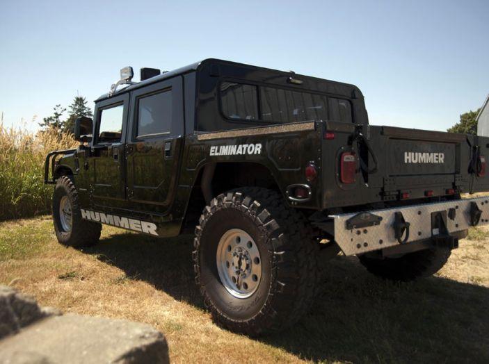 L'Hummer H1 del rapper Tupac sarà in vendita a 100.000 dollari - Foto 12 di 18