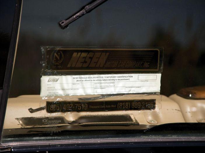 L'Hummer H1 del rapper Tupac sarà in vendita a 100.000 dollari - Foto 13 di 18