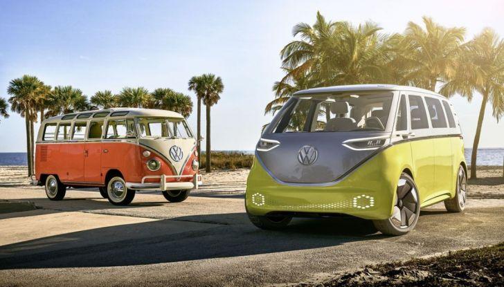 Volkswagen presenta I.D. BUZZ: il leggendario furgoncino hippie anni '70 torna tra noi - Foto 2 di 10