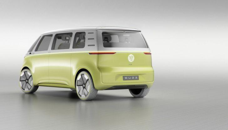 Volkswagen presenta I.D. BUZZ: il leggendario furgoncino hippie anni '70 torna tra noi - Foto 10 di 10