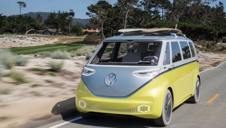 Volkswagen presenta I.D. BUZZ: il leggendario furgoncino hippie anni '70 torna tra noi - Foto 3 di 10