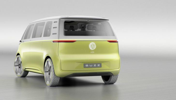 Volkswagen presenta I.D. BUZZ: il leggendario furgoncino hippie anni '70 torna tra noi - Foto 7 di 10