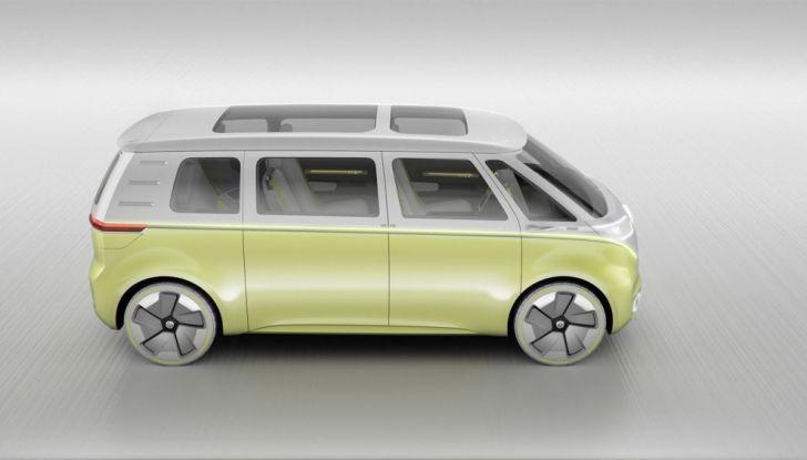 Volkswagen presenta I.D. BUZZ: il leggendario furgoncino hippie anni '70 torna tra noi - Foto 9 di 10