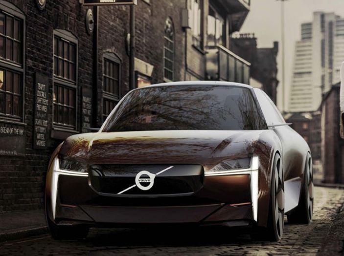 La Volvo elettrica in formato citycar per il 2019 - Foto 1 di 10