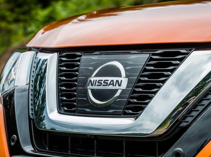 Nissan X-Trail 2018: Prova su strada, opinioni e dati tecnici del SUV 5 o 7 posti - Foto 28 di 36