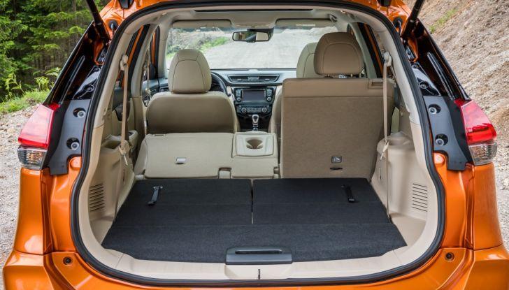 Nissan X-Trail 2018: Prova su strada, opinioni e dati tecnici del SUV 5 o 7 posti - Foto 32 di 36