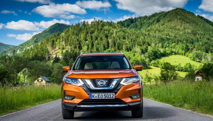 Nissan X-Trail 2018: Prova su strada, opinioni e dati tecnici del SUV 5 o 7 posti - Foto 14 di 36
