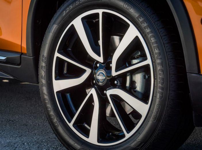 Nissan X-Trail 2018: Prova su strada, opinioni e dati tecnici del SUV 5 o 7 posti - Foto 16 di 36