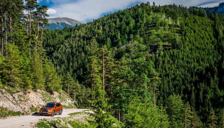 Nissan X-Trail 2018: Prova su strada, opinioni e dati tecnici del SUV 5 o 7 posti - Foto 17 di 36