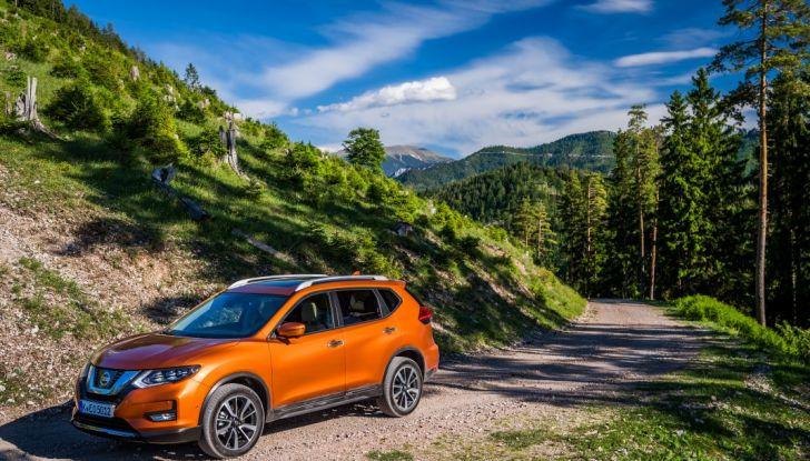 Nissan X-Trail 2018: Prova su strada, opinioni e dati tecnici del SUV 5 o 7 posti - Foto 21 di 36