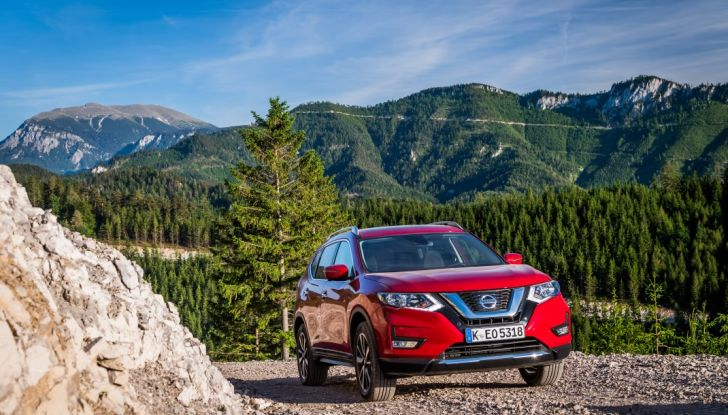 Nissan X-Trail 2018: Prova su strada, opinioni e dati tecnici del SUV 5 o 7 posti - Foto 5 di 36