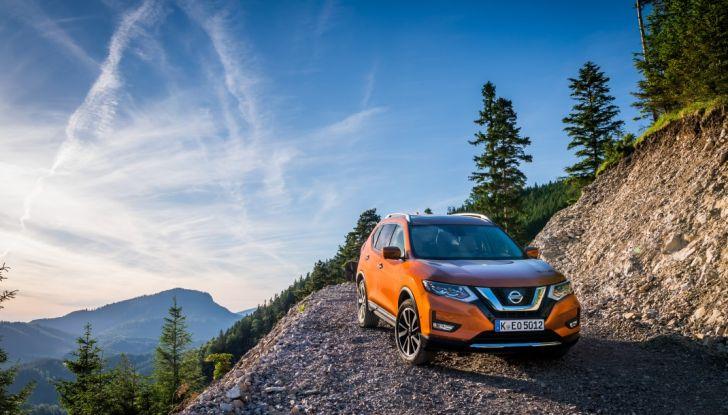 Nissan X-Trail 2018: Prova su strada, opinioni e dati tecnici del SUV 5 o 7 posti - Foto 24 di 36