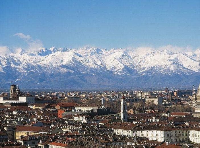 Strisce blu e ZTL: a Torino si paga in base al reddito - Foto 1 di 9