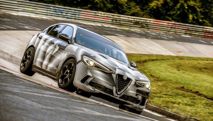 Record di Alfa Romeo Stelvio Quadrifoglio in quattro circuiti inglesi - Foto 9 di 14