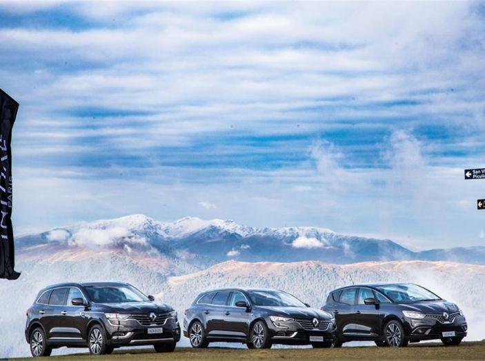 Renault Initiale Paris, la Losanga dallo stile ricercato e chic - Foto 5 di 16