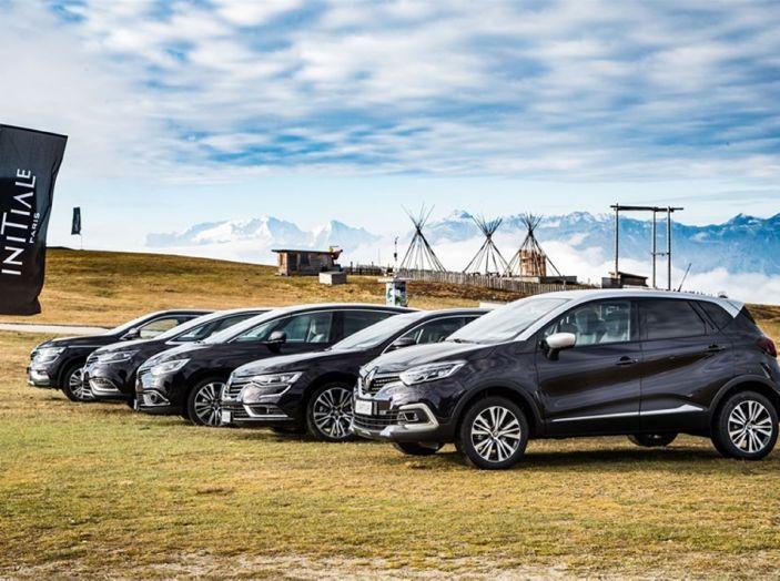 Renault Initiale Paris, la Losanga dallo stile ricercato e chic - Foto 10 di 16