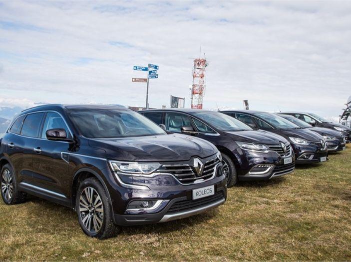 Renault Initiale Paris, la Losanga dallo stile ricercato e chic - Foto 9 di 16