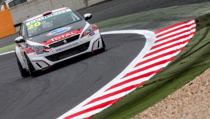 Magny Cours – Julien Briché porta a casa il titolo con la Peugeot 308 Racing Cup - Foto 2 di 6