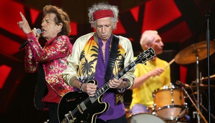 Jeep Compass con i Rolling Stones nel No Filter Tour 2017 in Europa - Foto 3 di 7