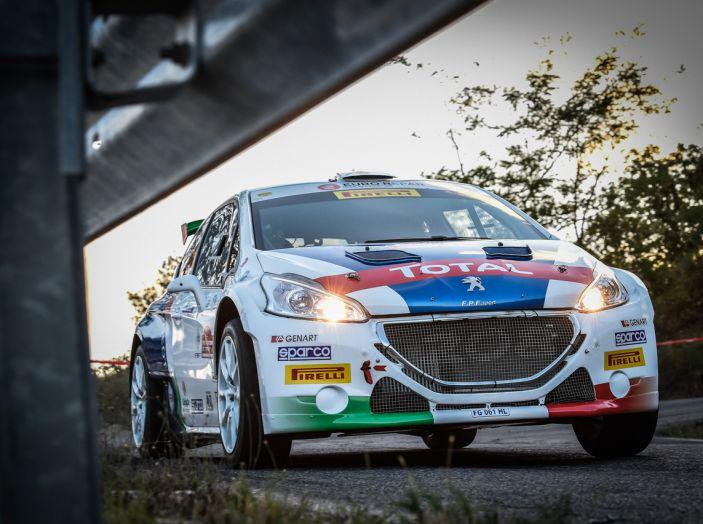 Rally di Roma – Peugeot sul podio in Tappa 1 - Foto 2 di 3