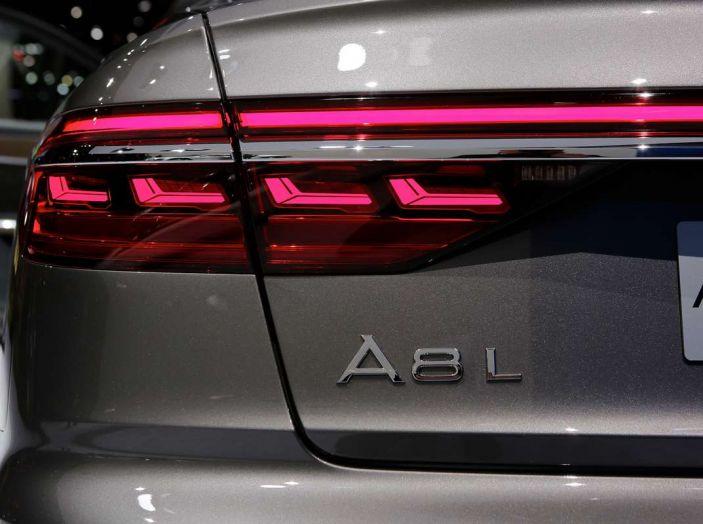 Nuova Audi A8 2017, l'ammiraglia con guida autonoma - Foto 9 di 13
