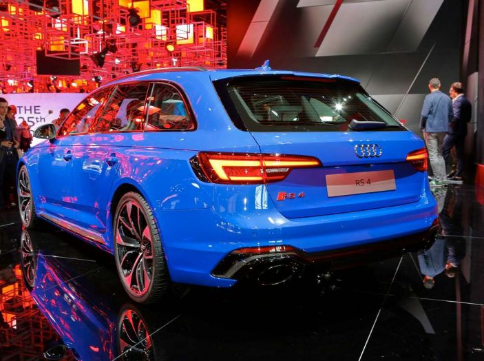 Audi RS4 Avant - Foto 7 di 13