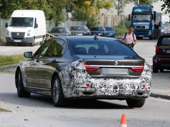BMW Serie 7 2019, l'ammiraglia del lusso - Foto 15 di 26
