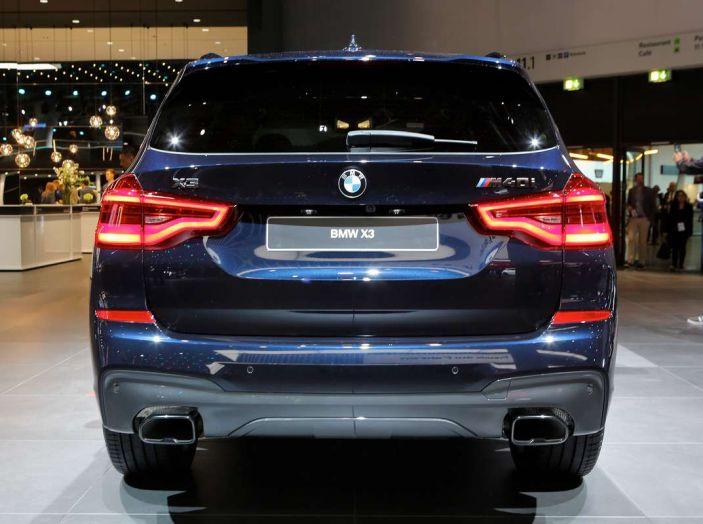Nuova BMW X3 2017: nuovi motori e linee più decise - Foto 11 di 22