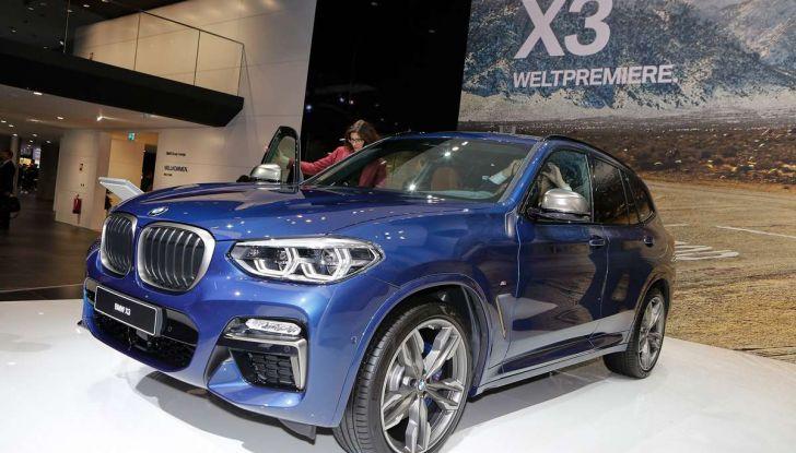 Nuova BMW X3 2017: nuovi motori e linee più decise - Foto 2 di 22