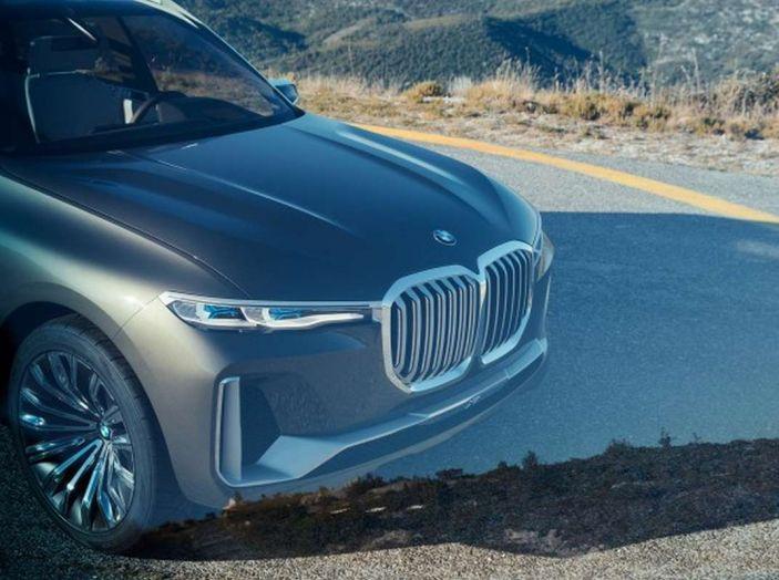BMW X7 iPerformance, il SUV 7 posti a passo lungo - Foto 15 di 15