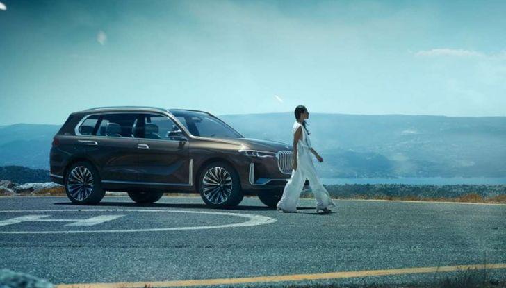 BMW X7 iPerformance, il SUV 7 posti a passo lungo - Foto 4 di 15