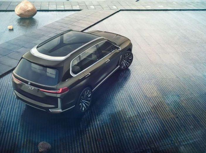 BMW X7 iPerformance, il SUV 7 posti a passo lungo - Foto 5 di 15