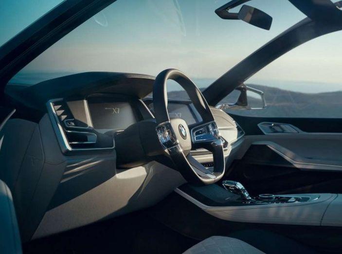 BMW X7 iPerformance, il SUV 7 posti a passo lungo - Foto 8 di 15