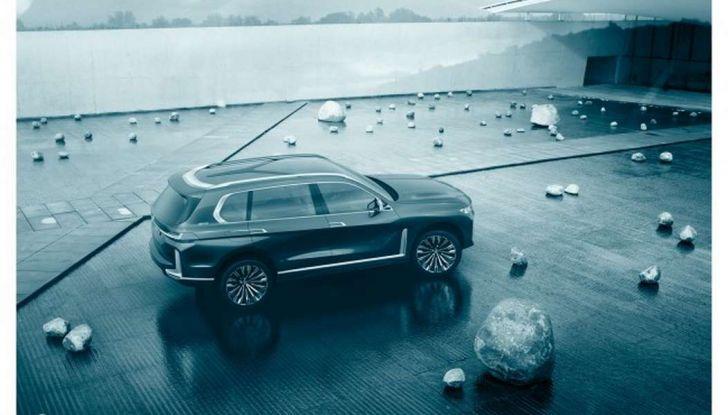 BMW X7 iPerformance, il SUV 7 posti a passo lungo - Foto 9 di 15