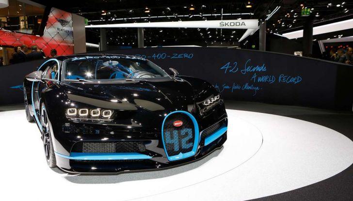 Bugatti Chiron da record sul filo dei 400 km/h - Foto 5 di 7