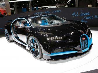 Bugatti Chiron da record sul filo dei 400 km/h