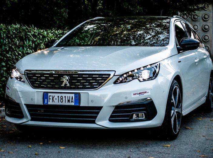 Peugeot 308 SW GT Line 2017: Prova, caratteristiche e prezzi del BlueHDI da 120CV - Foto 1 di 32