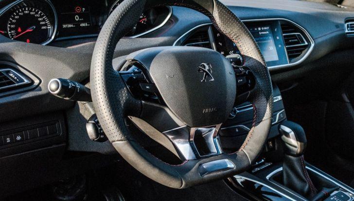 Peugeot 308 SW GT Line 2017: Prova, caratteristiche e prezzi del BlueHDI da 120CV - Foto 17 di 32