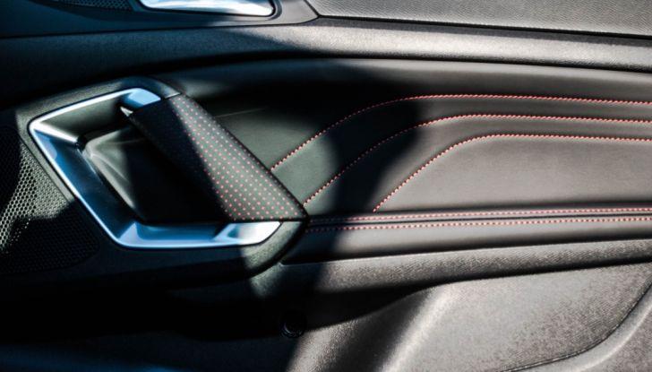 Peugeot 308 SW GT Line 2017: Prova, caratteristiche e prezzi del BlueHDI da 120CV - Foto 20 di 32