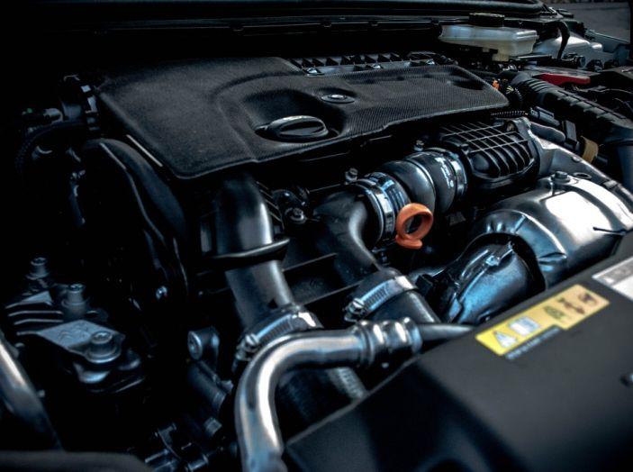 Peugeot 308 SW GT Line 2017: Prova, caratteristiche e prezzi del BlueHDI da 120CV - Foto 29 di 32