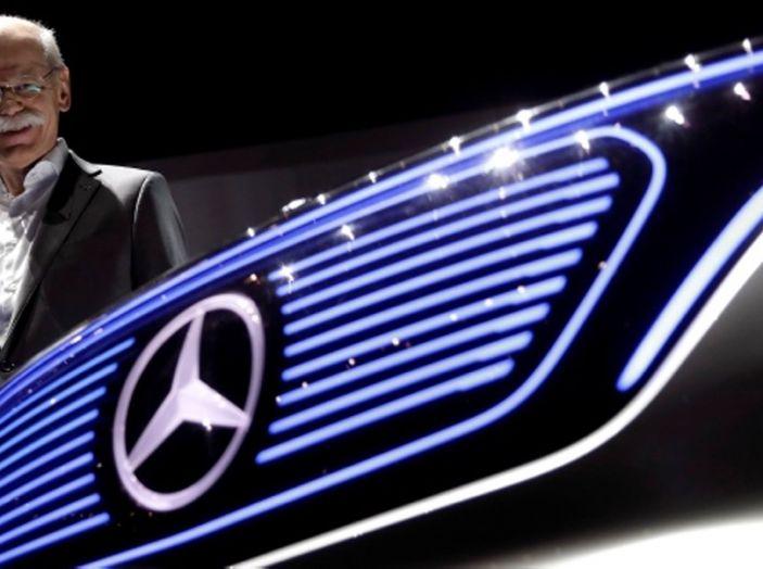 CEO Daimler: Le auto elettriche non si vendono, aspettiamo il 2030 - Foto 1 di 8