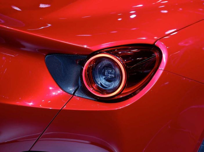 Ferrari Portofino: il V8 da 600CV e 720Nm per la classe di Maranello - Foto 25 di 37
