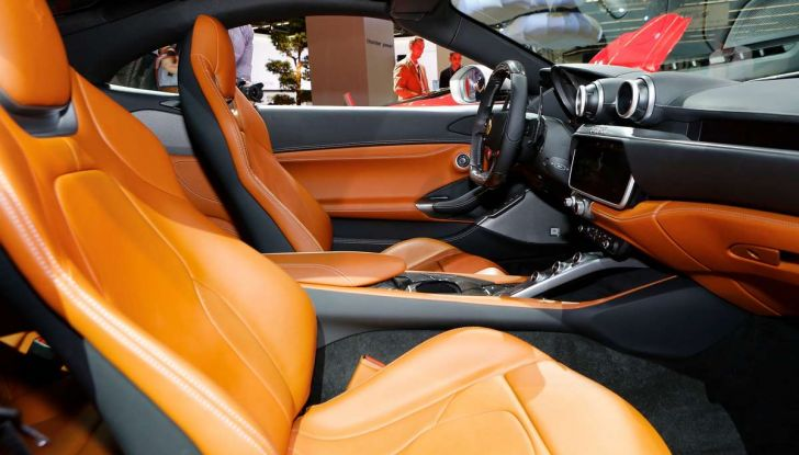 Ferrari Portofino: il V8 da 600CV e 720Nm per la classe di Maranello - Foto 10 di 37
