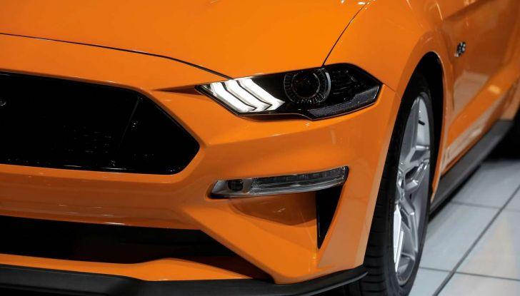 Ford Mustang Facelift 2017 - Foto 10 di 12